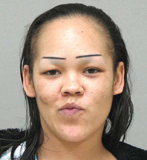 bad eyebrows, worst eyebrows, funny eyebrows, bad makeup, ugly eyebrows, horrible, terrible, cholo, nasty, creepy, eyebrow fails, unibrows, wtf, bad family photos, awkward