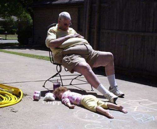Grandpa Portrait, grandpa sleeping in driveway kid sleeping daughter Bad family pictures funny family photos funny pictures awkward worst family photos funny pictures random awkward family photos lol epic fails weird family crazy stupid people bad tattoos worst tattoos redneck humor strange