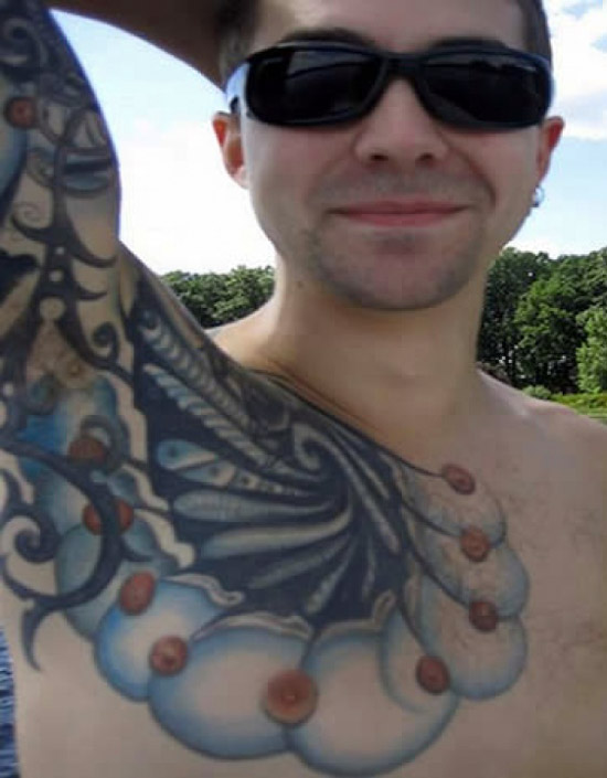 Drunken regrets 16 of the worst bad tattoos team jimmy joe for Female nipple tattoos