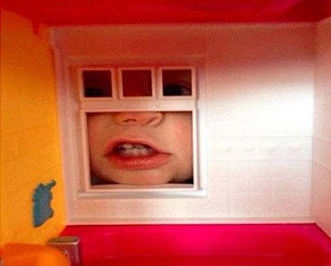 There's a monster outside my dollhouse window ~ 34 funny kids are weird pics