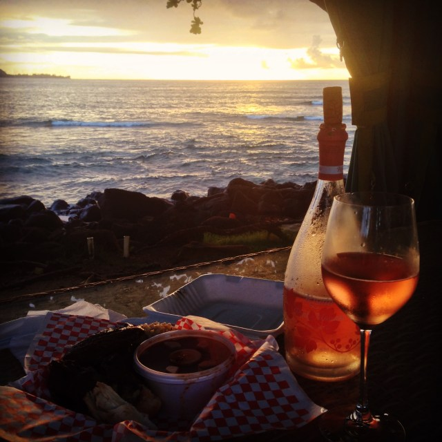 A few nights, M and I bought food from Hanalei and had our own picnic near the water at sunset. Such a romantic and beautiful way to end the day!