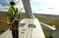 Turbine-Maker Vestas Sees Favorable Winds Despite Low Oil Prices