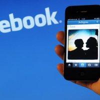 Οι έφηβοι γυρίζουν την πλάτη στο facebook