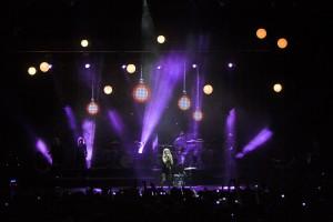 ADLIB Ellie Goulding ell192332391 300x200 ADLIB Lights Ellie Goulding in Style