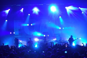 HSL Foals foa072319271 300x200 HSL Supplies Total Lights for Foals  UK & European tour