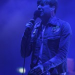 Kaiser Chiefs Have A Riot with Robe!