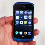 The ZTE Open running Firefox OS. Notice the rounded app icons. PHOTO: CNET UK