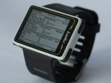 Leikr sportswatch: backed by Kickstarter funds; runs Linux on a 500MHz processor; has a 2-inch, 320x240 color touchscreen and a fast-linking GPS; 8GB flash, WiFi, USB; has access to OpenStreetMap and Endomondo.