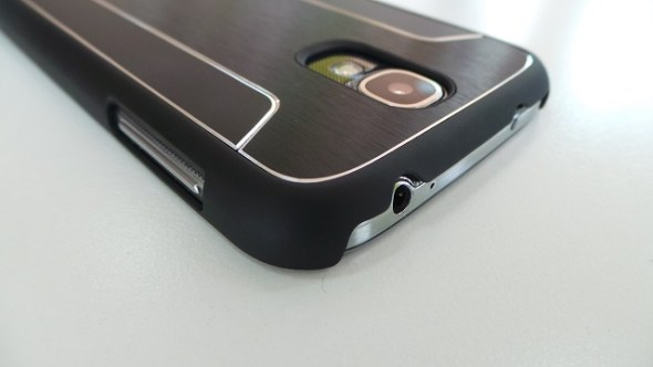 Review Hands on with Cygnett Urbanshield Case