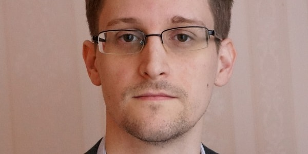 The hero/villain Snowden. Image from aljazeera.net