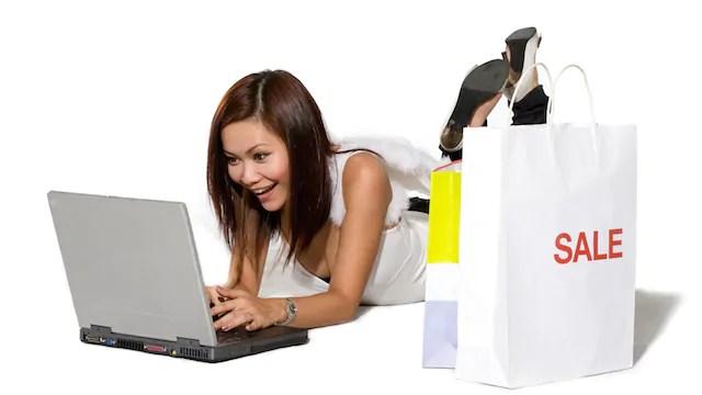 amazon lo shopping online da mobile superer quello da desktop per natale 2017. Black Bedroom Furniture Sets. Home Design Ideas