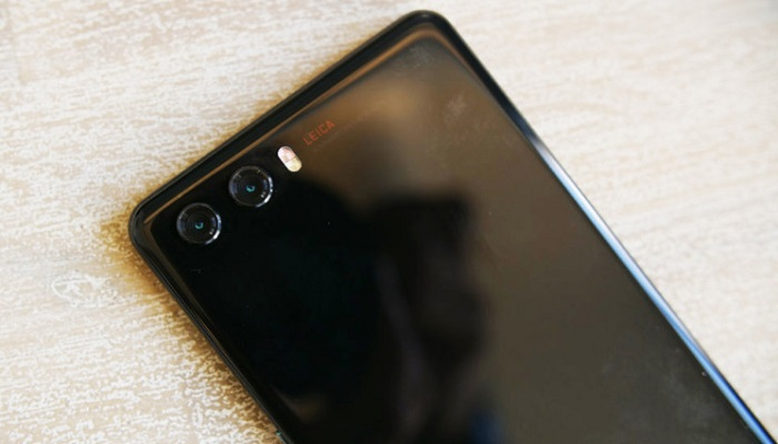 Huawei P20: doppia fotocamera posteriore e sensore di impronte frontale