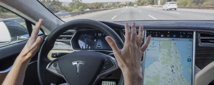 intelligenza artificiale guida autonoma
