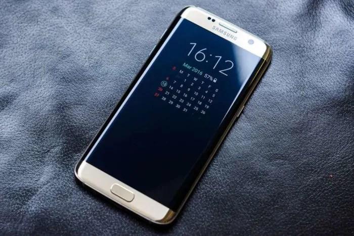 Samsung Galaxy S10, un primo concept lo immagina con il notch