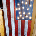 DIY Marquee Light Up Pallet Flag