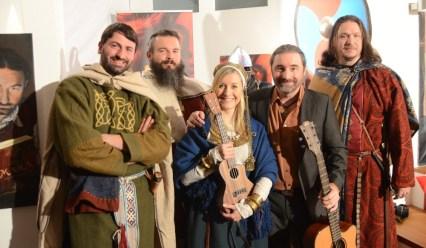 Bina Bianca, Tommy Krappweis und das Team von Kaptorga für die historische Beratung (c) Bumm Film
