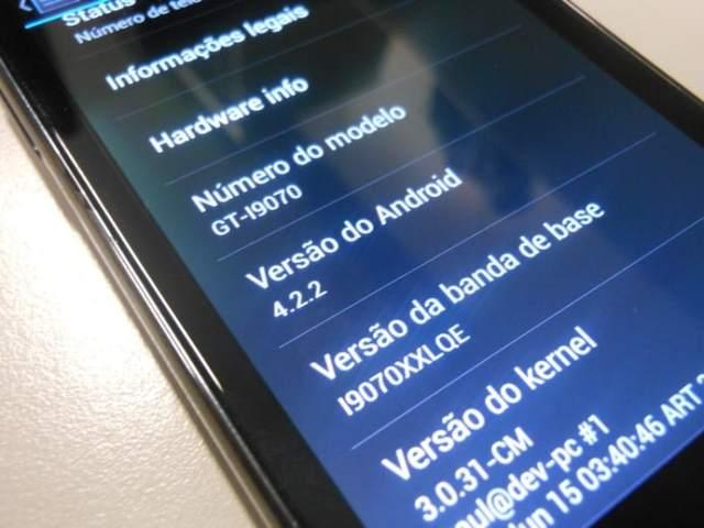 Galaxy S2 lite I9070 rodando o Android 4.2.2