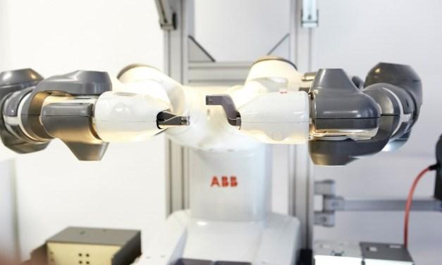 Lavoro, ecco come i robot sostituiscono l'uomo in azienda e servizi. Intelligenza artificiale, ma anche posti in fumo