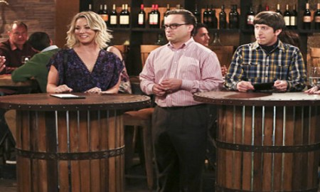 """""""The Fermentation Bifurcation"""" -- Pictured: Rajesh Koothrappali (Kunal Nayyar), Penny (Kaley Cuoco), Leonard Hofstadter (Johnny Galecki), Howard Wolowitz (Simon Helberg) and Amy Farrah Fowler (Mayim Bialik). The gang goes to a wine bar and runs into Penny's old boyfriend, Zack.   Also, Bernadette gets stuck spending the evening with Sheldon when she can't go wine tasting with the group, and things don't go as planned when Koothrappali introduces his new girlfriend, on THE BIG BANG THEORY, Thursday, April 28 (8:00-8:31, ET/PT) on the CBS Television Network. Photo: Michael Yarish/Warner Bros. Entertainment Inc. © 2016 WBEI. All rights reserved."""