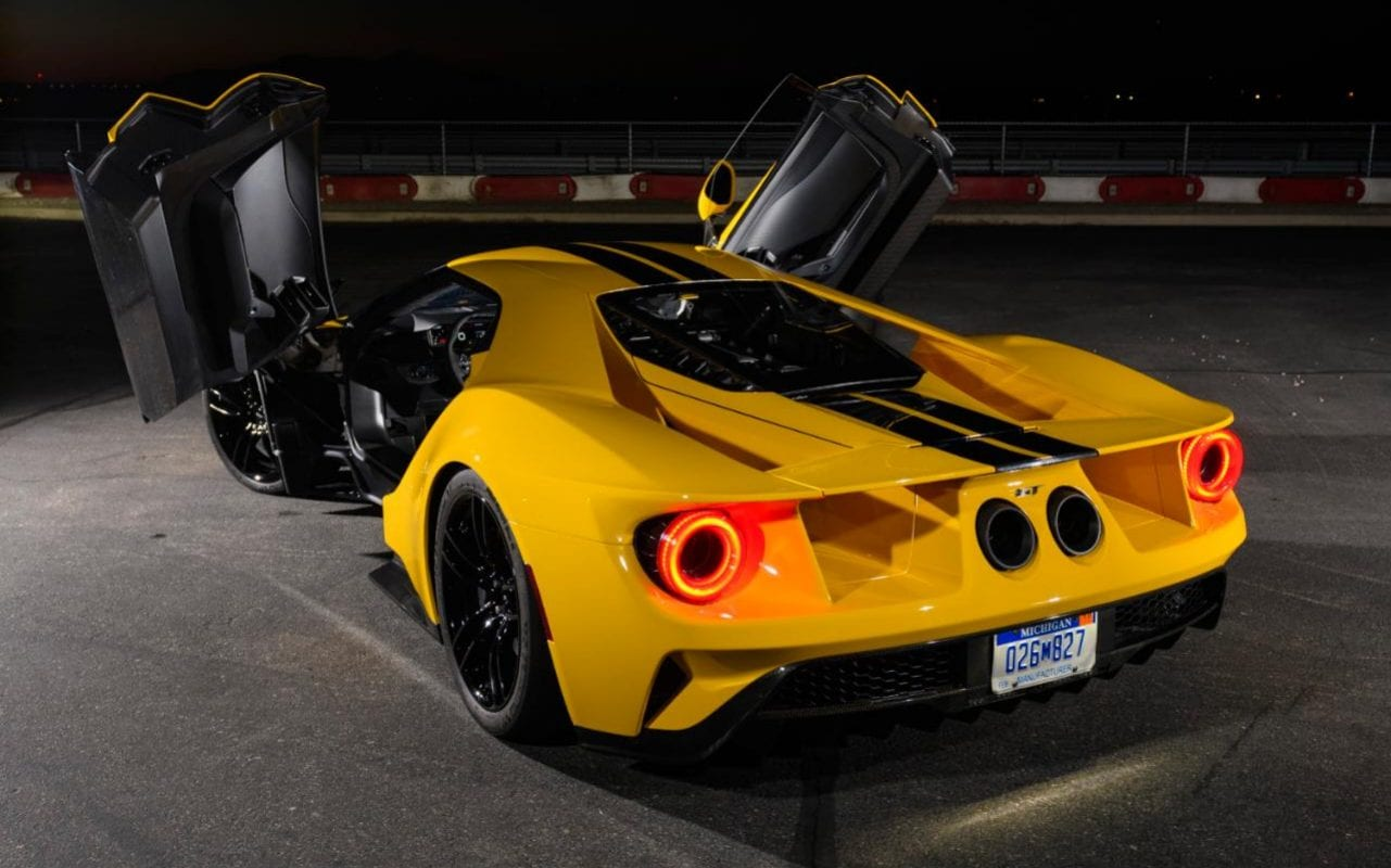 the 2017 ford gt u2013 the first of a new breed of supercars in pictures