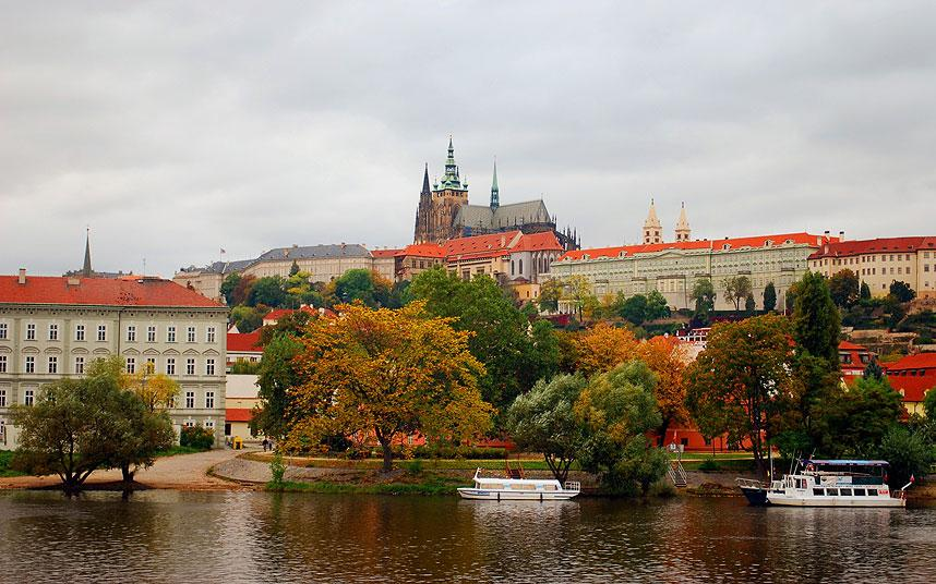 Gorgeous Fall Wallpaper Prague Attractions What To See And Do In Autumn Telegraph