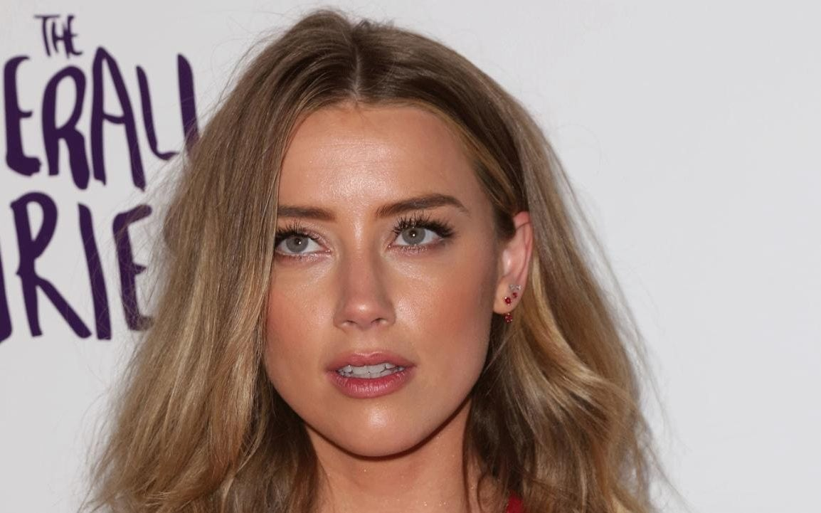 Free Girl Wallpaper Download Mobile Who Is Amber Heard