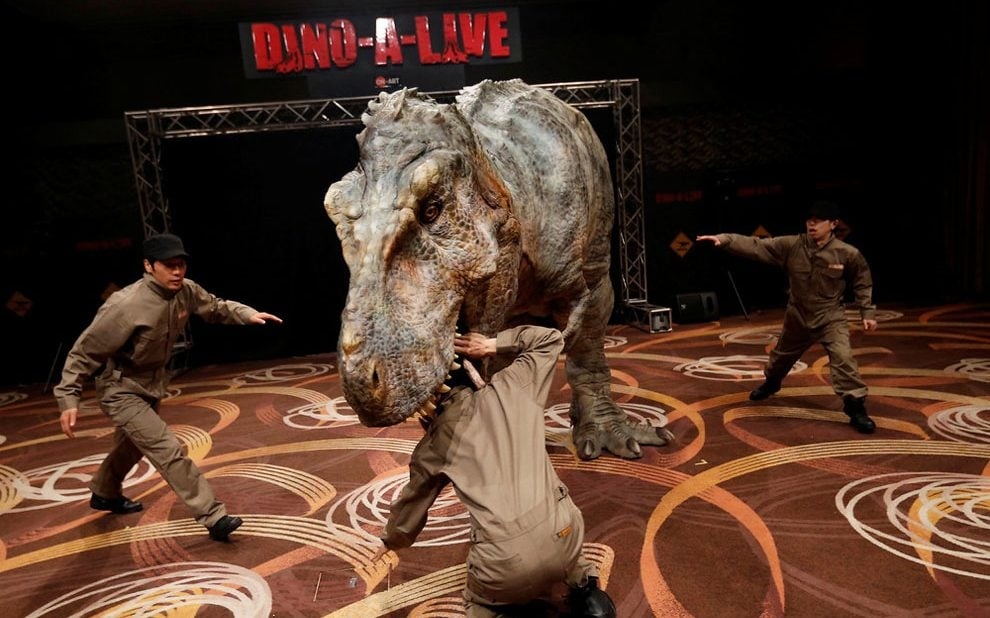 Walking With Dinosaurs 3d Wallpaper A Real Life Jurassic Park Albeit With Animatronic