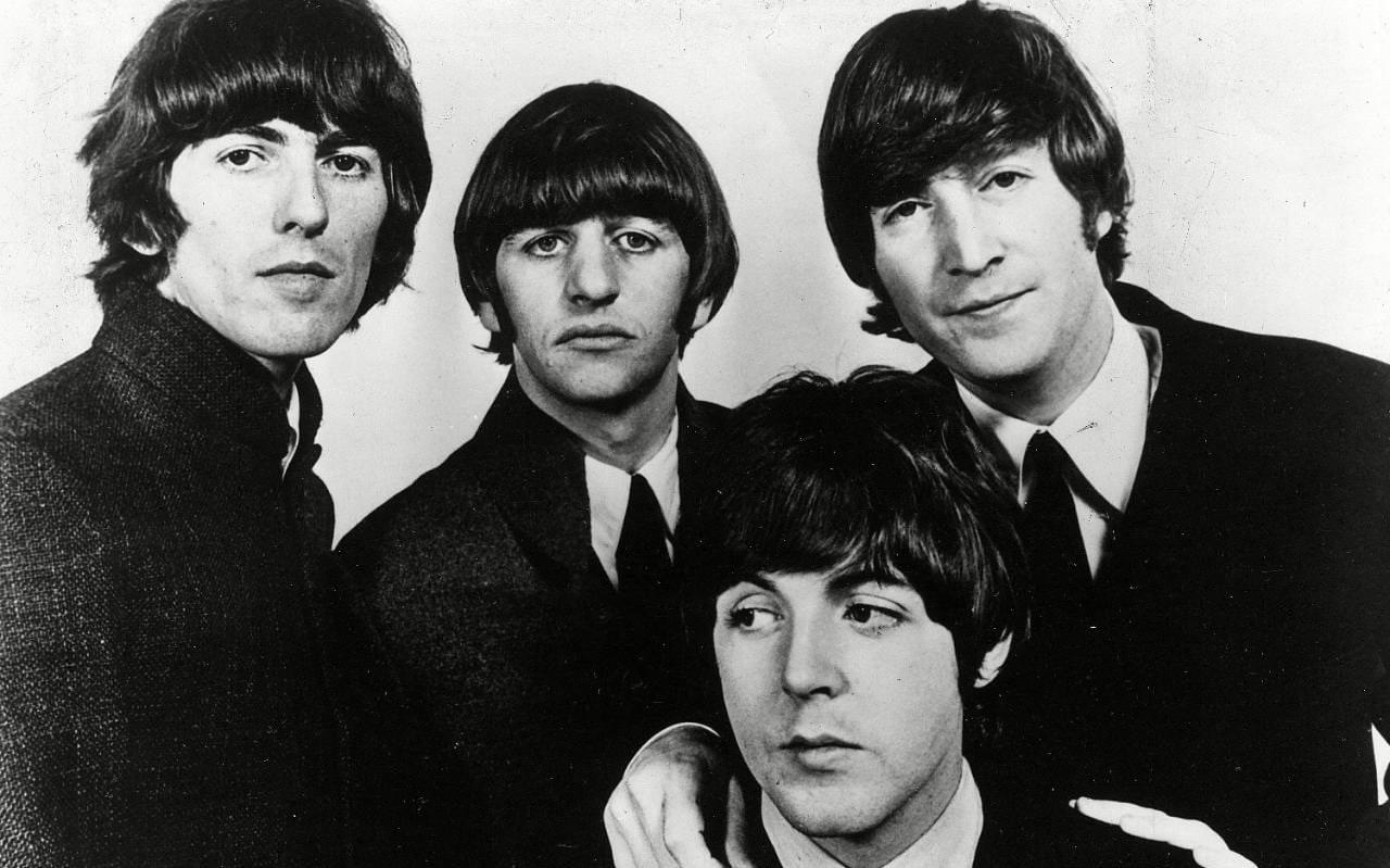 Abbey Road Wallpaper Hd John Lennon Letter To The Queen Explaining Return Of Mbe