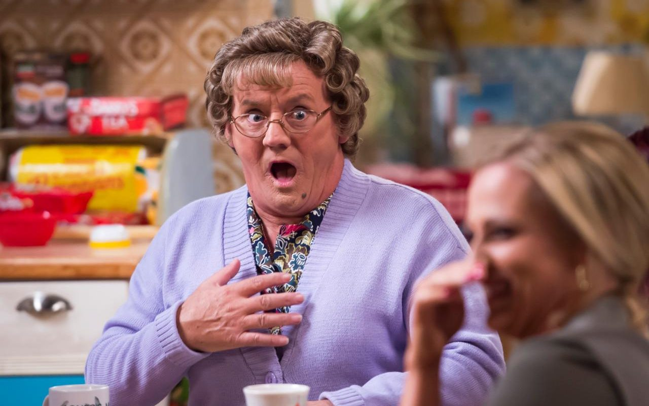 Money Quotes Wallpaper For Mobile Mrs Brown S Boys Christmas Special An Antidote To