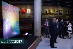 084-telesintese-anuario-2017-momento-editorial-photo-robson-regato