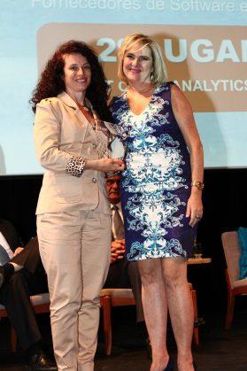 Cristina Blanco, diretora de marketing da EMC com Miriam Aquino diretora da Momento Editorial