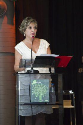 Miriam Aquino, diretora da Momento Editorial