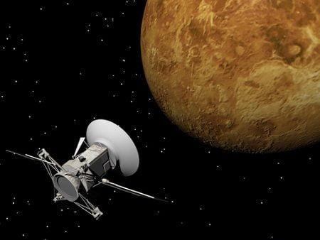 shutterstock_Elenarts_tecnologia_satelite_radiodifusao_banda_larga