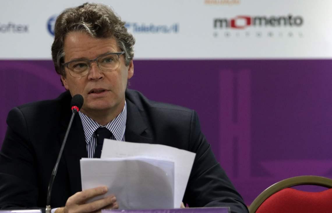 O secretário de telecomunicações do MCTIC, André Borges, fala durante o 48o Encontros Tele.Síntese