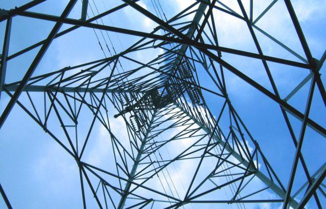 stockvault-high-voltage-power-mast-torre-infraestrutura