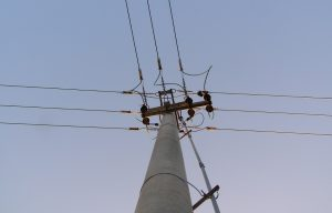 PONTOISP-poste-luz-energia-rede-eletrica