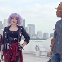 Pharrell's famous hat, Kelly Osbourne feature in 'Marilyn Monroe' video