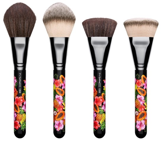 Resultado de imagem para mac fruity juicy 125 Split Fibre Dense Face Brush