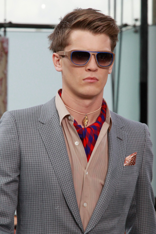 Louis_Vuitton_2012_mens_hairstyle_trends_spring_summer_collection_www_izandrew_blogspot_com_izandrew_4
