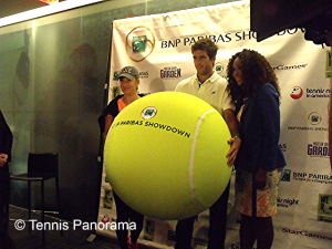 Azarenka Del Potro and Williams with Ball
