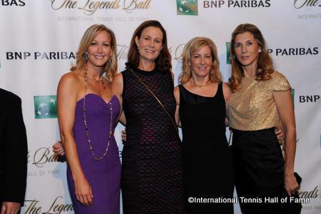 Emcee Lara Spencer of Good Morning America welcomes HOF'ers Pam Shriver, Chris Evert, Monica Seles