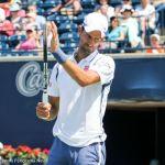26-Djokovic claps into racquet