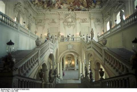 Grand Staircase: Attributes: Bundesarchiv_B_145_Bild-F079088-0003_Würzburg_R