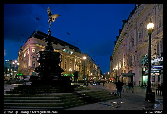 French Fall Wallpaper Picture Photo Eros Statue And Streets At Dusk Picadilly