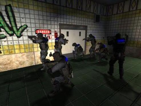 http://i0.wp.com/www.terragame.com/downloadable/action/swat_4_gold_edition/screen_1.jpg?resize=494%2C371