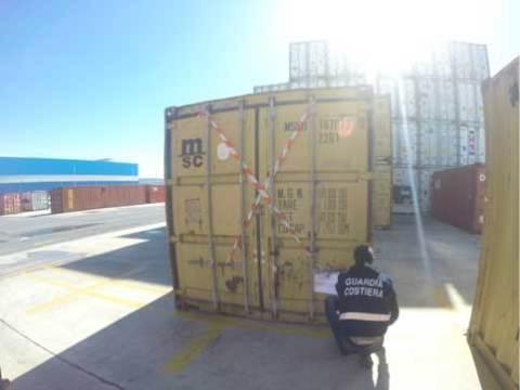guardia-costiera-container