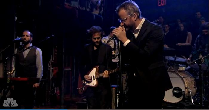 Zwei neue Songs von The National live bei Jimmy Fallon