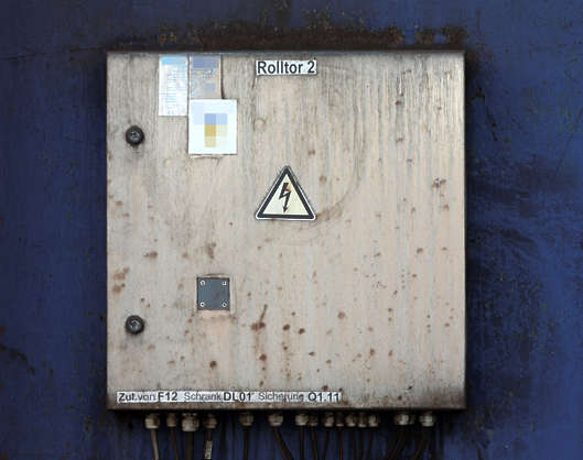 Metal Fuse Box - Wiring Diagram