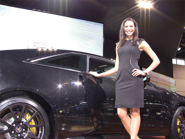 Super Fast Car Wallpaper Photo Gallery The Sexy Women Of The 2011 Chicago Auto