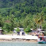 Russian Tour Guide Falls To His Death From 3rd Floor Balcony in Koh Chang